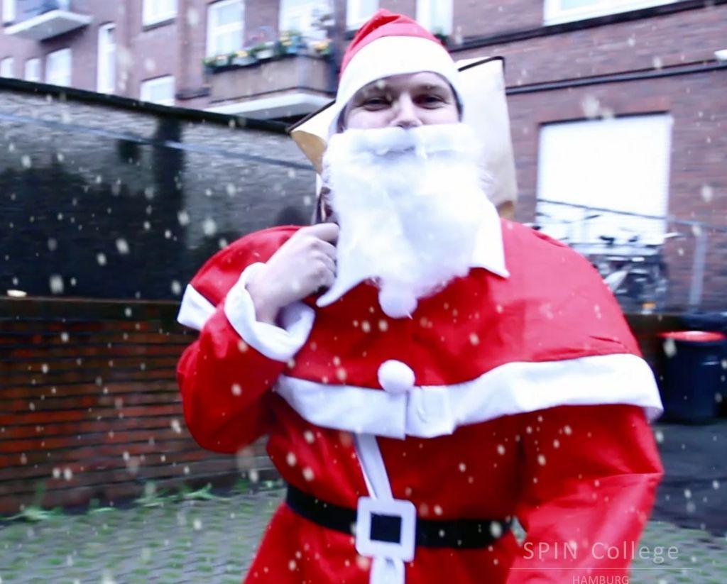 Fröhliche Weihnachten und eine guten Rutsch ins neue Jahr